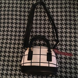 Merona black and white mini purse
